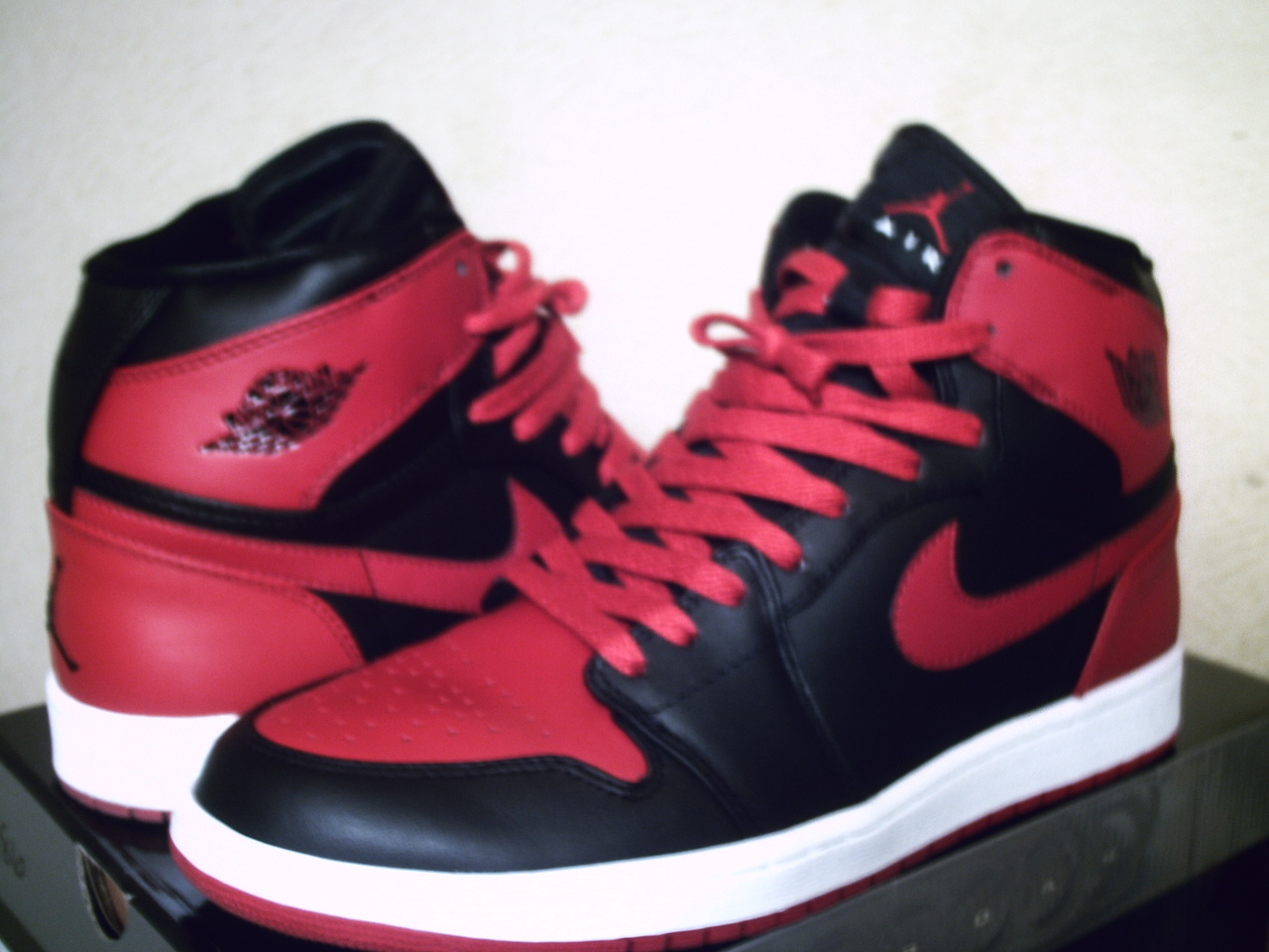 NIKE AIR JORDAN 1 HIGH STRAP 「ブルズカラー 」 black_varsity red-white 342132 061