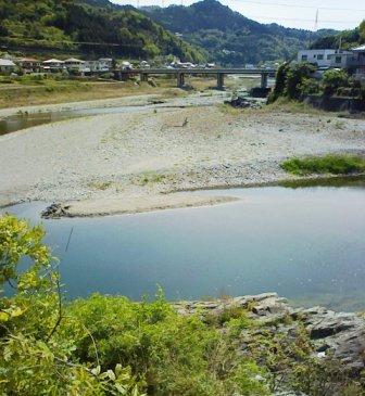 鮎喰川.jpg