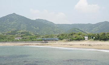 JR牟岐線田井ノ浜.jpg