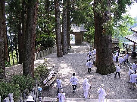 焼山寺のベンチ.JPG