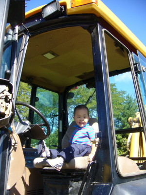 Touch a Truck2