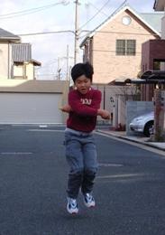 ゆうくん縄跳び.jpg