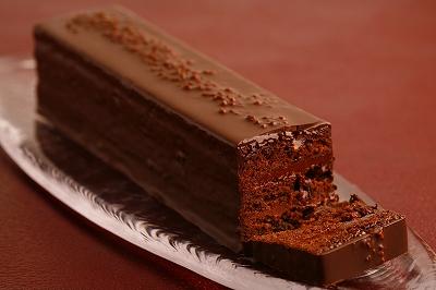 ラムレーズン・チョコレートケーキ