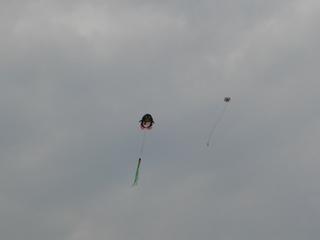 長春文化広場の凧揚げ2
