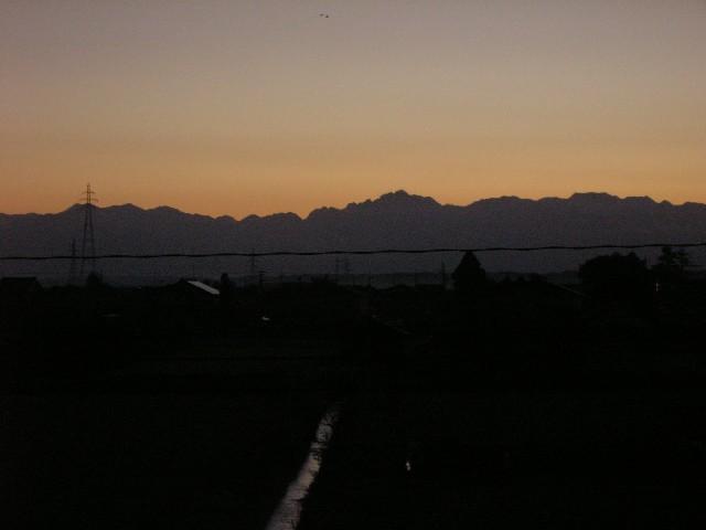 11月13日午前6時20分頃の立山連峰