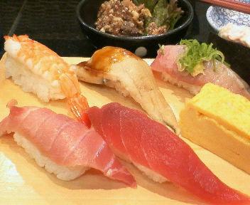 羽田空港のすし屋さん「沼津すし」で食べた江戸前(?)すし