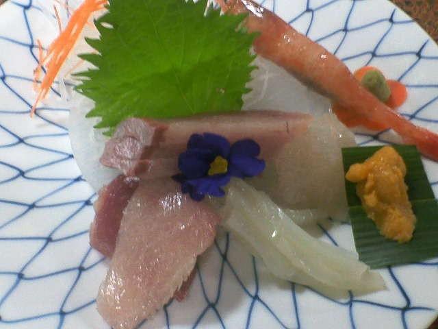 地元氷見産の魚、やはり刺身で