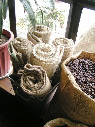 珈琲豆の保存方法のポイントお教えします。上海アルトコーヒー