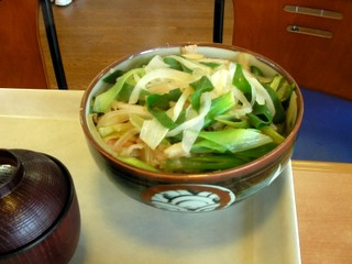 朝霧高原名物肉丼