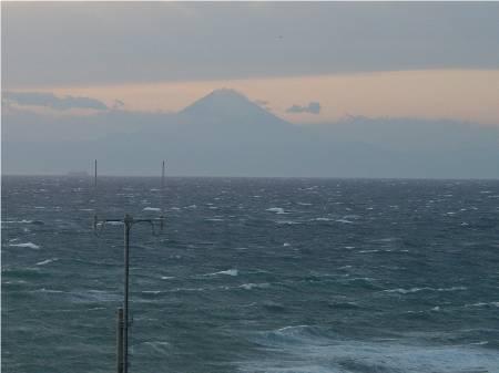 洲崎灯台から富士山8.jpg