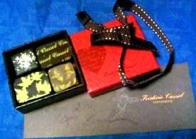 フレデリック・カッセル 箱とサイン.JPG
