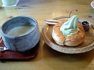 抹茶シロノアール