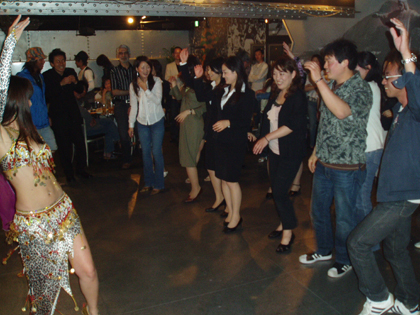 wag dance