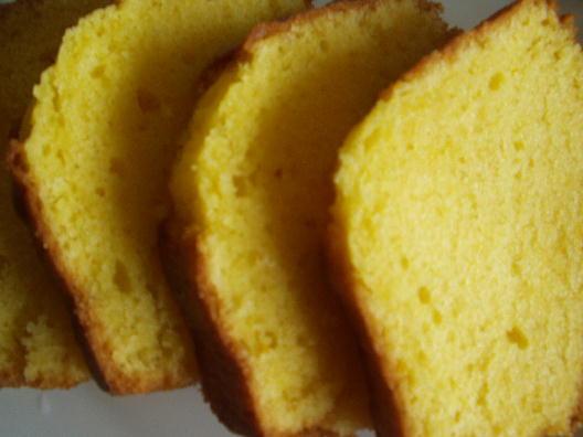 牛乳パックを使って手軽にケーキ作り