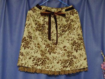 バラ柄スカート