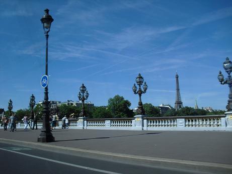 パリのセーヌ河岸の画像 p1_25