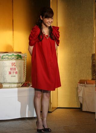 松浦亜弥さんブログ 姫路菓子博前夜祭画像03.jpg