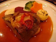 牛フィレ肉の網焼きピッツァ風~メリークリスマスフォーユー~
