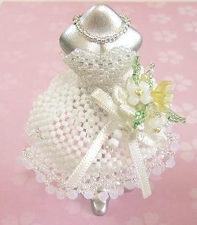 憧れをハンドメイド♡ビーズのミニチュアドレスをご紹介!