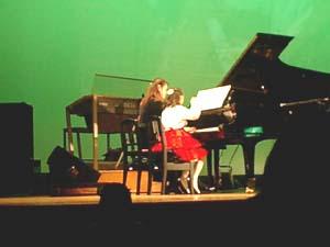 ピアノ発表会 なーたんと.jpg