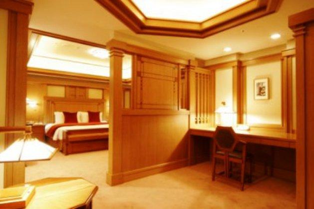Imperial-Hotel--Tokyo01.jpg
