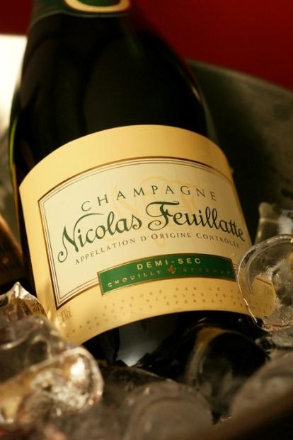 +Easter Champagne001.jpg