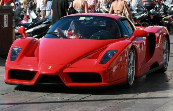 0= 0=Saint Tropez-Ferrari.jpg