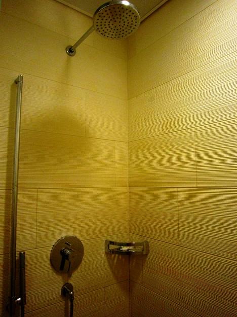 +Private Shower Room 01.jpg