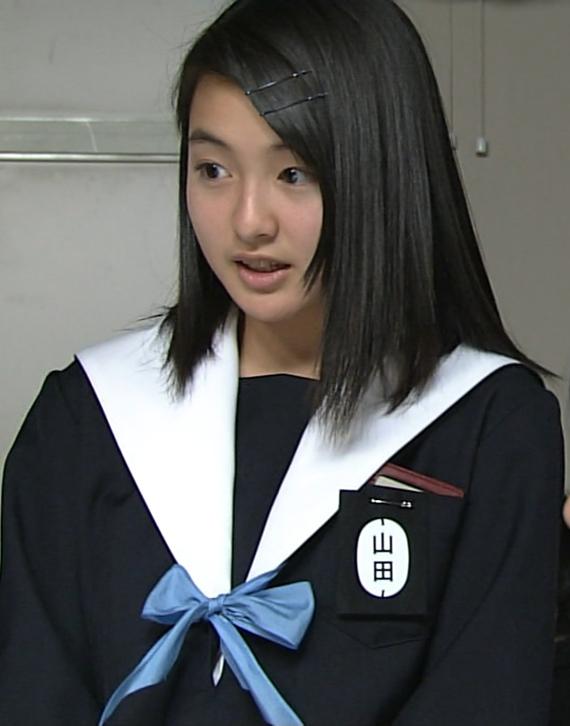 中学生日記名古屋襟セーラー服襟カバー女子中学生山田梨紗子