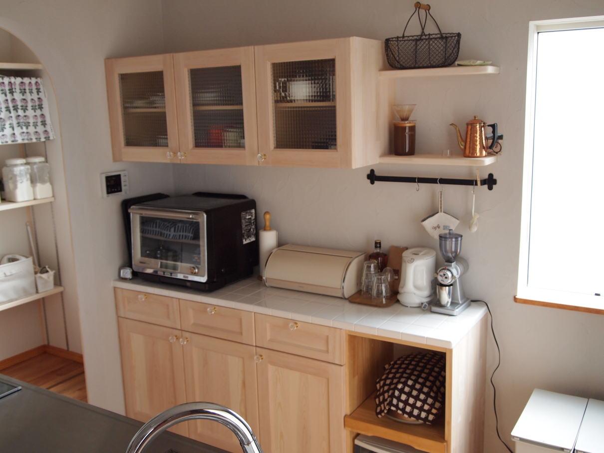 キッチンの背面収納、造作して ...