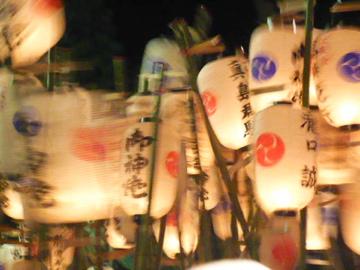提灯祭り:提灯シルエット