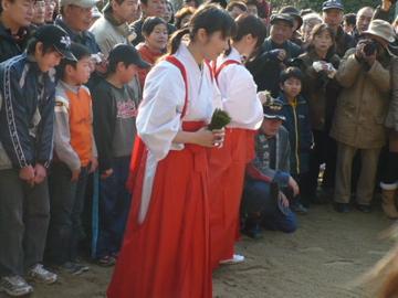 砂かけ祭り7早乙女