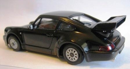 車のプラモデル作りませんか?