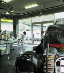J'sレーシング店内