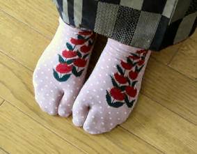 チューリップの足袋