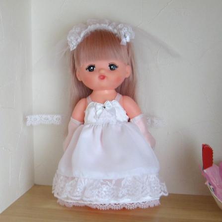 メルちゃんのウエディングドレス