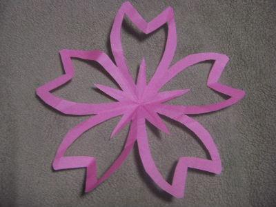 お花の切り紙&手作りモビール ... : 折り紙 ひな祭り 折り方 : 折り方