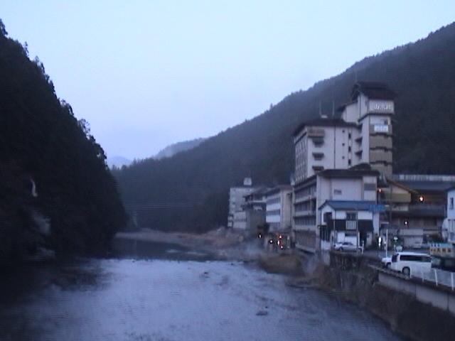 川湯温泉全景.JPG