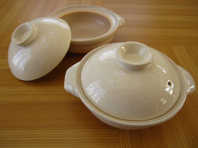 一人小鍋やうどんなど麺類も 作ってそのまま出せる。