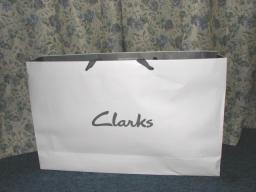 Clarksの袋♪
