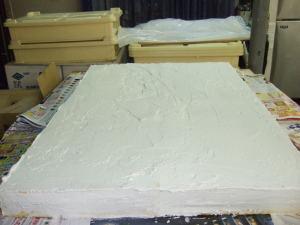 特大ケーキにクリームは塗れました