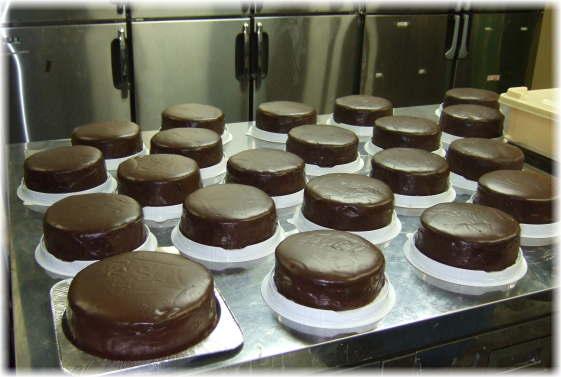 ザッハトルテ風チョコレートケーキ