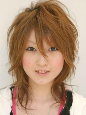 最新のヘアスタイル 髪型 ウルフ ロング  超イメチェ~ン