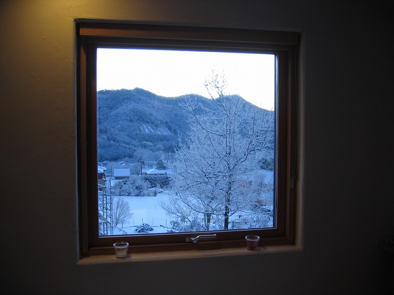 2F東窓.jpg