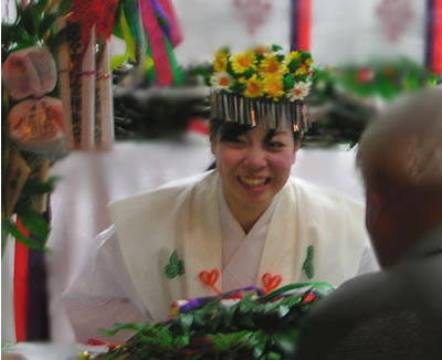 西宮神社の福娘