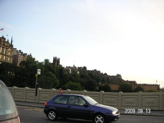 14)エジンバラ城と旧市街