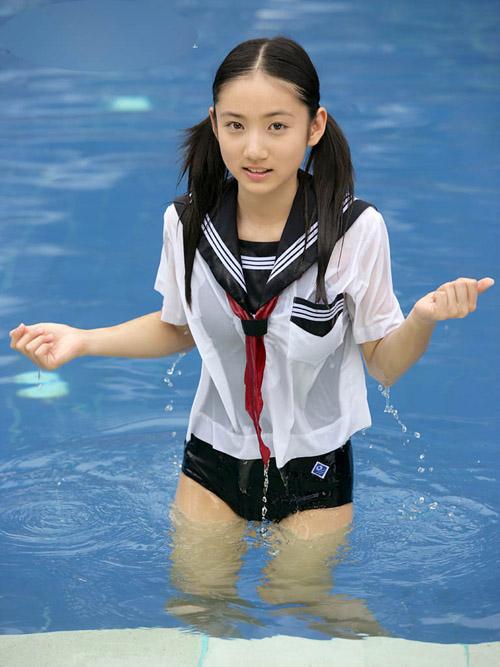 紗綾小学生セーラー服スクール水着