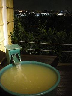 舞浜ユーラシア和室露天風呂付・夜の露天風呂