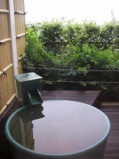 舞浜ユーラシア和室露天風呂付・昼の露天風呂
