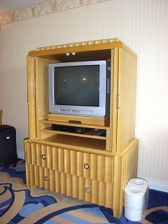 アンバサダーホテル・TV.jpg